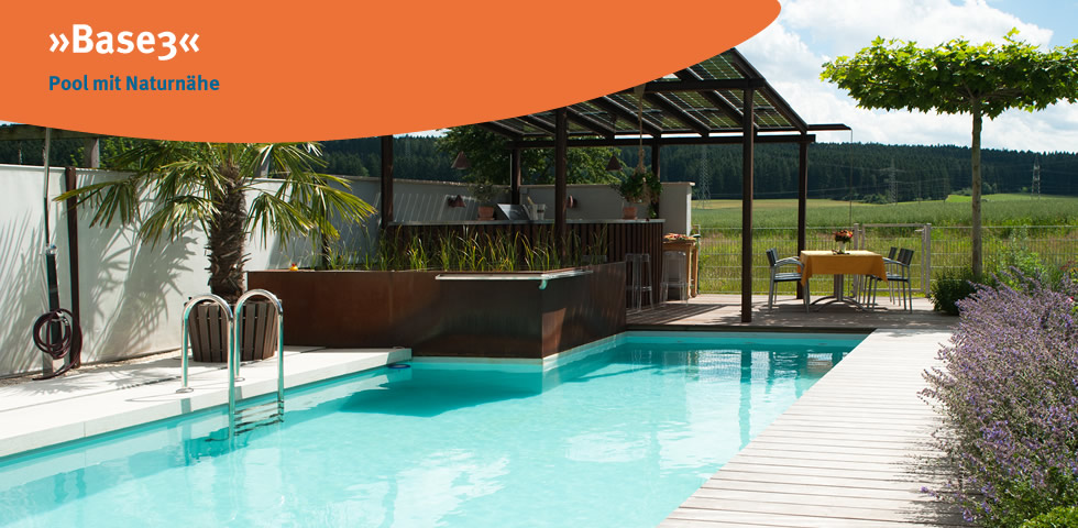 Base 3 ist ein Pool mit Naturnähe und gehört zur Produktionslinie des Herstellers blueBase